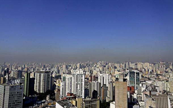 Poluição do ar pode estar relacionada ao aumento de casos de infarto e AVC, comprova pesquisa