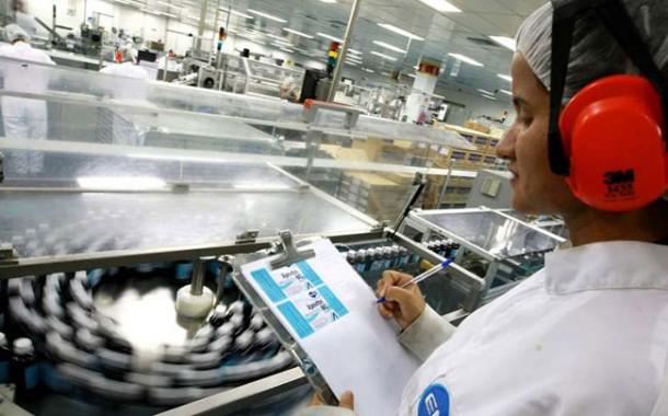EMS seleciona funcionários para Auxiliar Produção