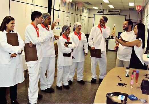 Avon ministra treinamento sobre Boas Práticas de Fabricação para funcionários
