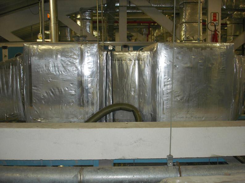 Caixas de filtros instaladas nos dutos sem acesso para o teste de estanqueidade e integridade dos filtros absolutos