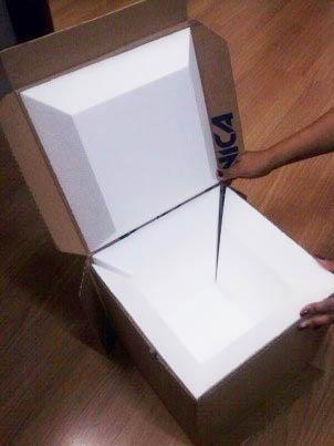 Caixa montável, compostas de papelão e placas espessas de EPS de alta densidade. Divulgação Polar Técnica