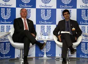 Paul Polman, CEO Global da Unilever, e Fernando Fernandez, presidente da Unilever Brasil
