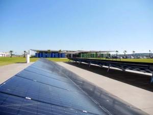 Painéis solares: fábrica busca certificação LEED