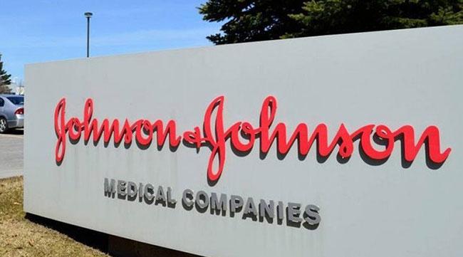 Johnson & Johnson surpreende em lucro líquido e receita no 1º trimestre