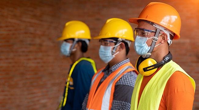 Nova solução digital chega ao Brasil para proteger os trabalhadores de serviços essenciais contra a Covid-19